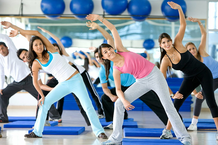 aerobics-babe-dance-fitness-wallpaper-preview